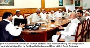 21-10-2016-khyber-pakhtunkhwa-minister-for-finance-muzeffar-said-advocate-talking-to-a-delegation-r